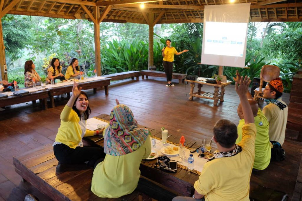 paket outdoor meeting, paket halfday meeting